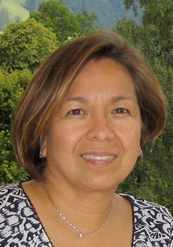 Anna Marie De La Fuente